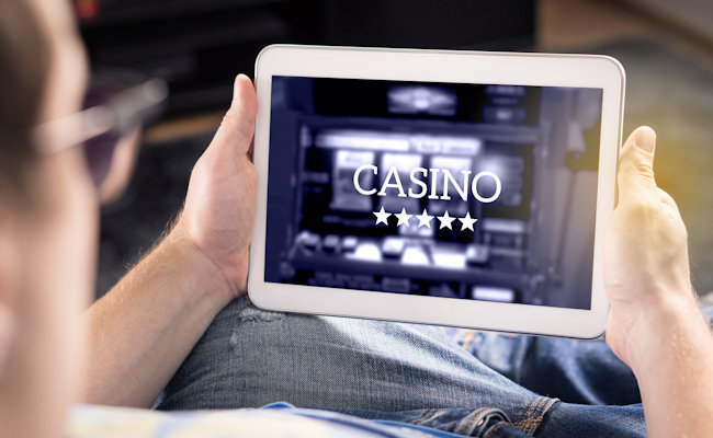 Newbies in a casino: How to start playing online?